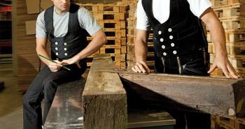 Tenues de travail traditionnelles du Charpentier