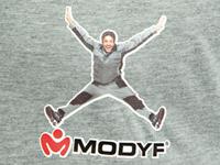 Vêtement personnalisé avec logo et image par transfert numérique