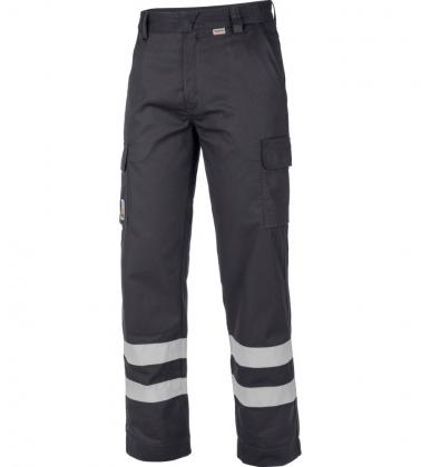 Pantalon de travail adapté aux électriciens