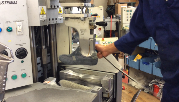 Etape de fabrication chaussure de sécurité