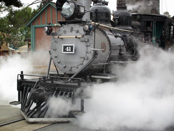 Locomotive à vapeur datant de la révolution industrielle