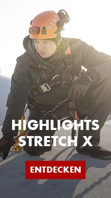 Master Björn trägt die flexible und komfortable Arbeitskleidung aus der Stretch X Kollektion